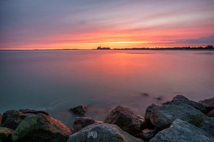 sunset lemmer and stones