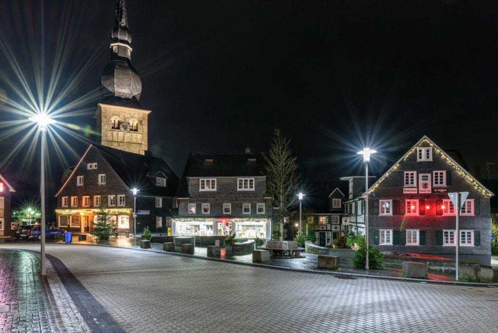Wermelskirchen Innenstadt am Abend