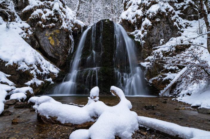Josefsthaler Wasserfälle Schnee