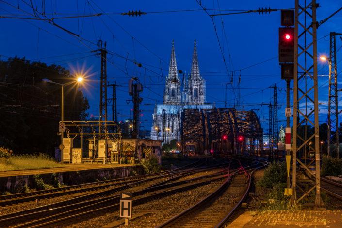Köln am Abend Blaue Stunde
