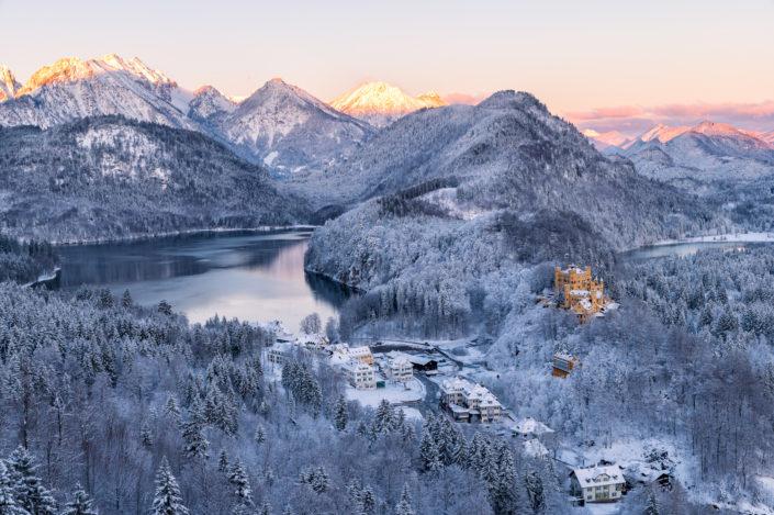 Schloss Hohenschwangau Schnee Sonnenaufgang
